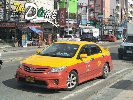 プーケットのタクシーの乗り方ガイド〜料金・カード払い・便利なアプリ〜