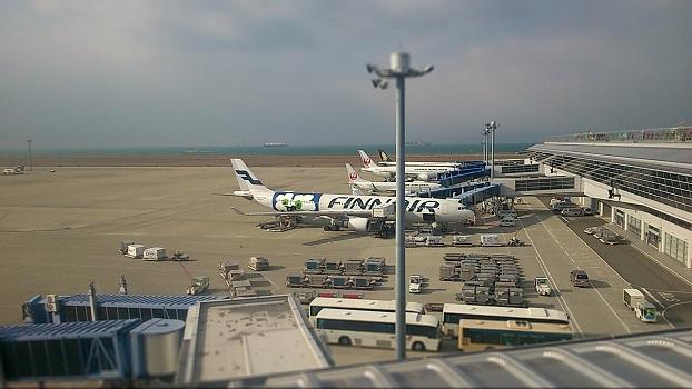 マドリード・バラハス空港乗り継ぎ (トランジット) 方法と待ち時間の過ごし方