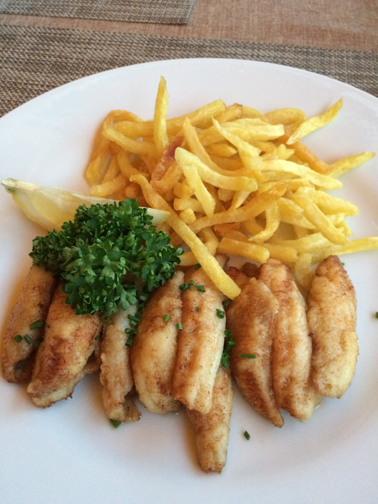 フィレドペーシュ | ジュネーブ在住レマンロコさんのおすすめ料理・食べ物