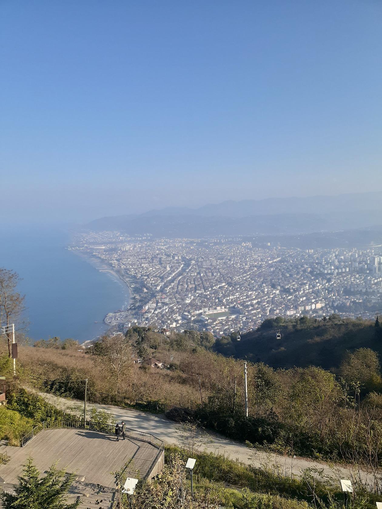 ボズテペ山 | オルドゥ在住キカロマンティカさんのおすすめ夜景スポット