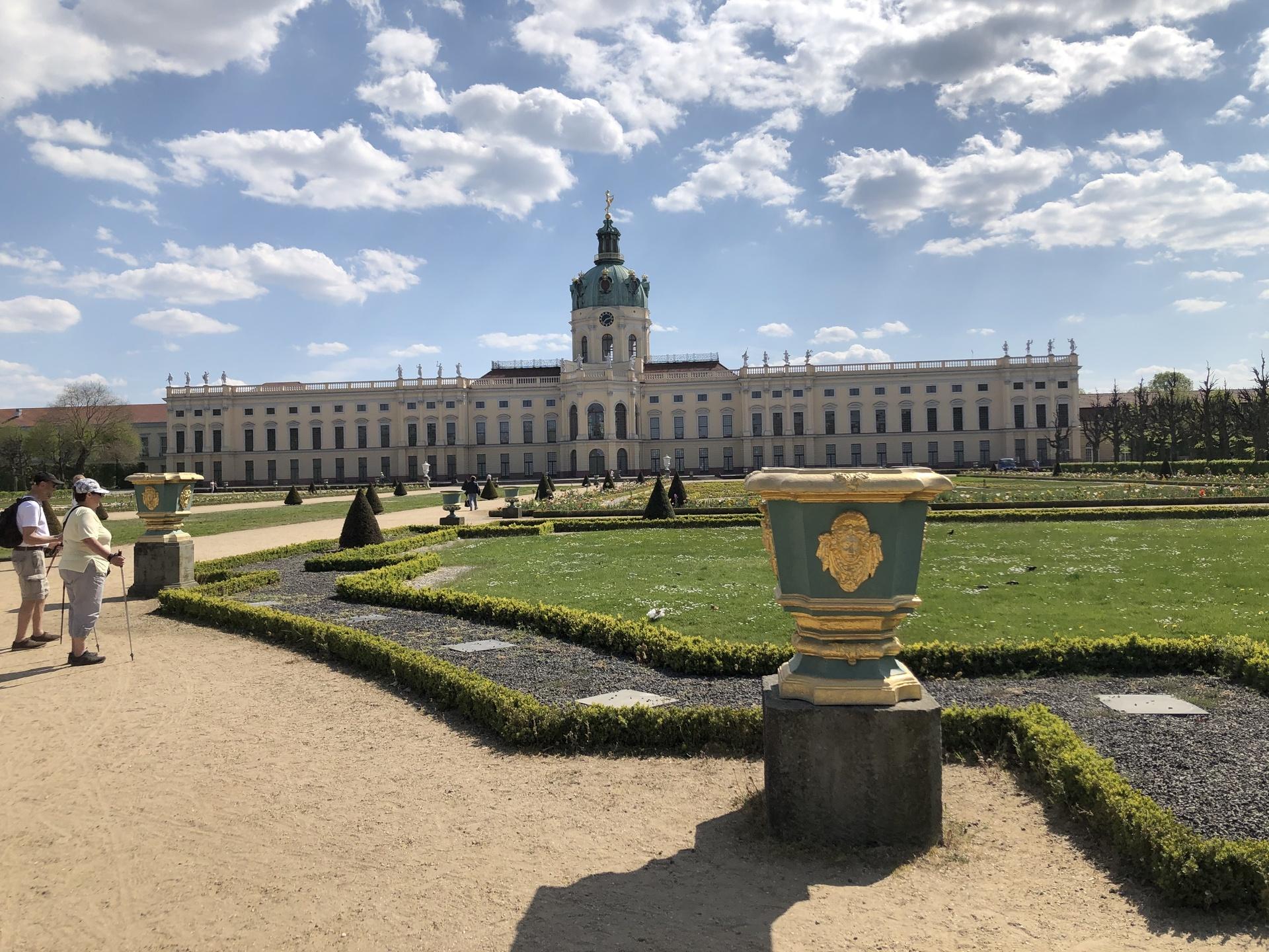 シャルロッテンブルグ宮殿 | ベルリン在住ともおてつさんのおすすめ観光スポット