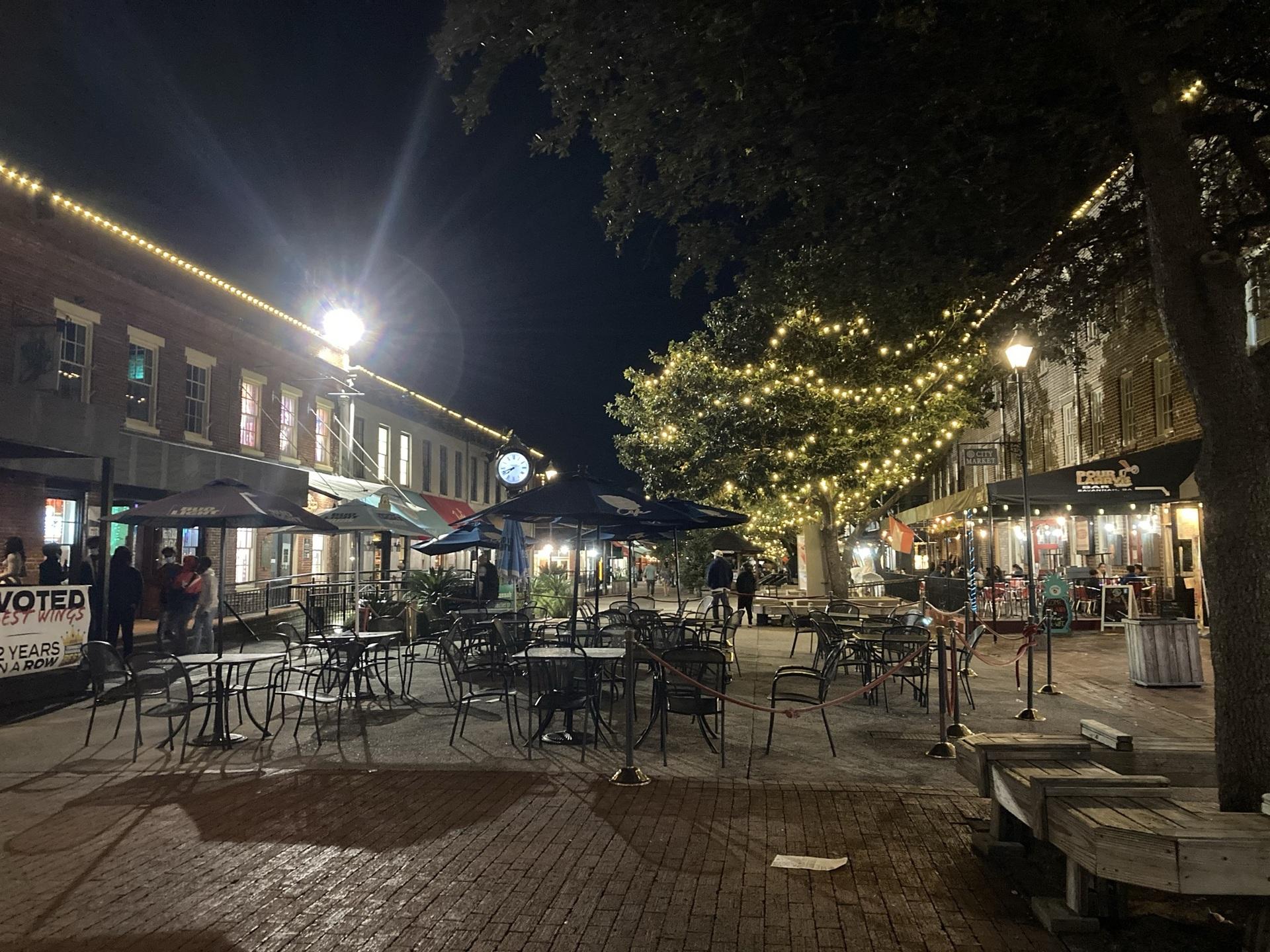 シティマーケット | サバンナ(ジョージア)在住エリーナさんのおすすめ夜遊びスポット